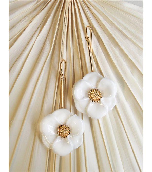 Pendientes flor blanca